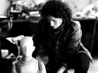 Bérangère Vantusso et la marionnette d'Anna.Photo Ivan Boccara