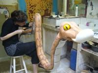 Une marionnette de serpent. avec Coralie Maniez