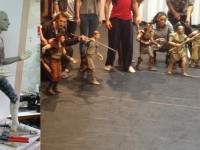 """Marionnettes pour le spectacle """" robin des bois"""" . mousse de polyurétanne injectée dans un moule ."""