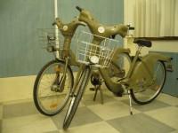 Faux et vrai vel'ib. Habillage d'un vélo en vel'ib pour les guignols de l'info.