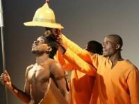 Chapeau de scène pour la comédie musicale Kirikou et Karaba . Photo Frederique Verhaeghe