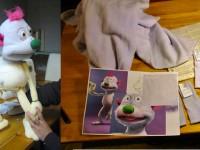 Marionnette en construction. Publicité internet pour la sncf avec Moving puppet. Dessin Florian Guzek.production Moving Puppet