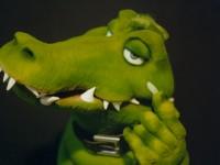 Marionnette de crocodile en mousse taillée dans la masse